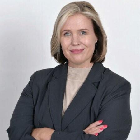Juanita Moolman - Hollard